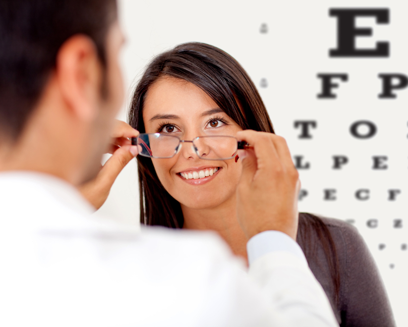 how to become an optical assistant